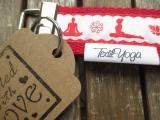 Schlüsselband Yoga Asana (rot)